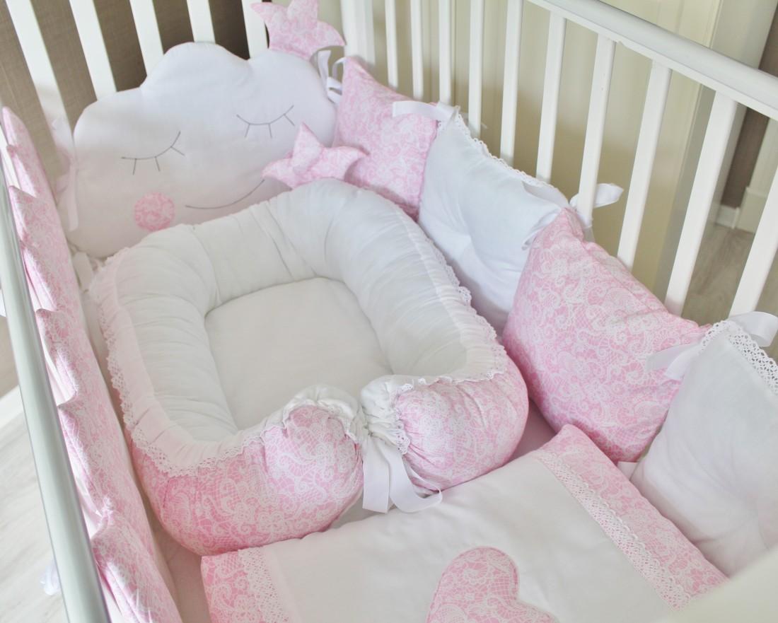 """Комплект в кроватку """"Сказочные сны"""", розовый, 5 предметов: подушка, наволочка, простынь на резинке, одеяло , бортики-подушки."""