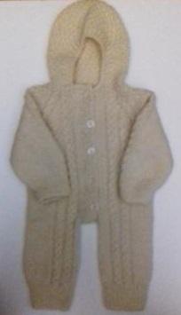 Комбинезон вязаный  белый с капюшоном, 100% шерсть,  46 см