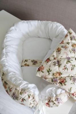 "Гнездышко кокон babynest бежевые ""Цветы""  для младенца  + одеяльце"