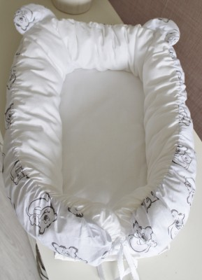 "Гнездышко кокон babynest  белый ""Мишки"" с ушками  для младенца, размер 15х57х85см"