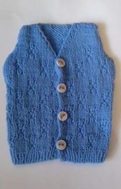 Жилетка вязаная  голубая на пуговичках, 100% мериносовая шерсть, рост  42 см, 46 см