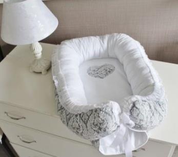 Гнездышко кокон babynest  серый с сердечком для младенца, размер 15х57х85см серый с