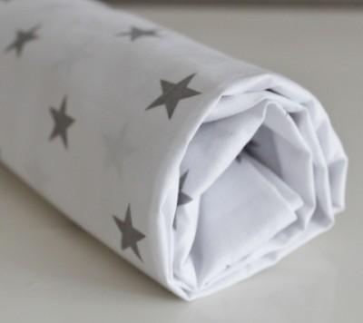 Простынь на овальный матрас  на резинке, Звезды на белом, 125*75 см