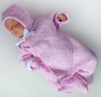 """Комплект """"Розовый""""  утепленный из капитония: комбинезон и шапочка, на рост 50 см"""