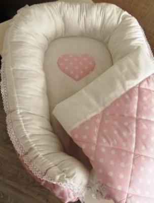 Гнездышко кокон   для младенца розовый в горошек babynest + одеяльце