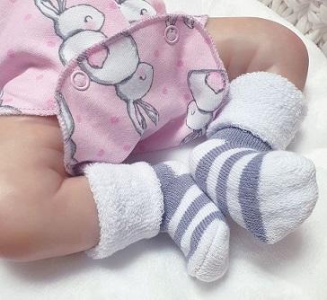 Носочки  махровые серые с белым полосатые , 4-6 см