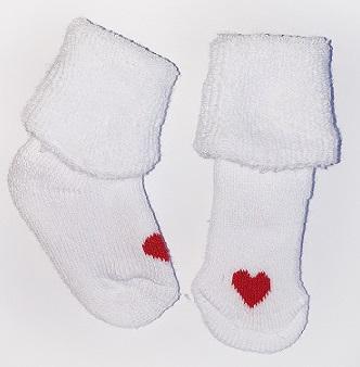 Носочки  махровые, белые  с красным  сердечком,  р. 4-6 см